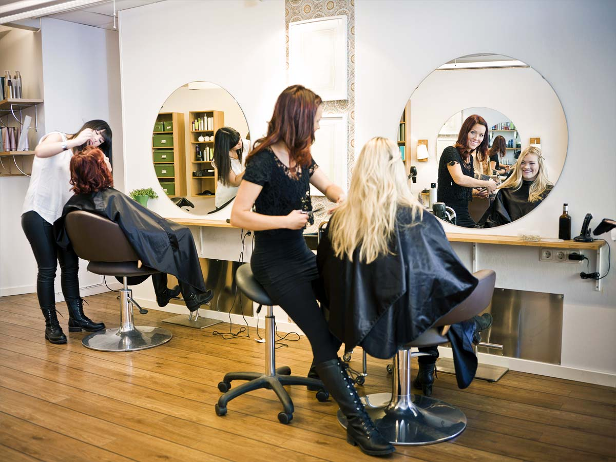 hair stylist insurance with Huckleberry Insurance